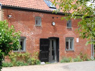 Lovely Cottage with Internet Access and Dishwasher - Cambridgeshire vacation rentals