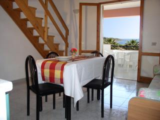 Baiarenella Residence 3 Vani- Wifi e Parking Free - Sciacca vacation rentals