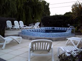 2 bedroom Apt with heated pool Complejo Tehuelches - Puerto Madryn vacation rentals