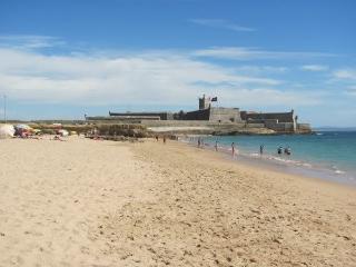 Carcavelos Waves - Estoril vacation rentals