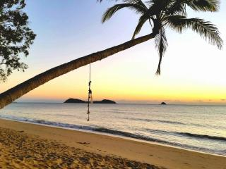 Direct Pool Access - 2 bed 2 bath Apartment - Palm Cove vacation rentals