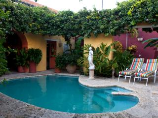 Charming Old City 4 Bedroom Chateau - Cartagena vacation rentals