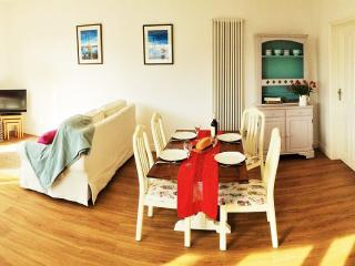 Luxury Crantock Apartment, 5 minutes walk to beach - Crantock vacation rentals