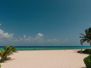 AMAZING ROOM WITH TERRACE POOL SEA FRONT PLAYACAR - Playa del Carmen vacation rentals