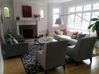 Beautiful huge townhouse in Westmount - Westmount vacation rentals