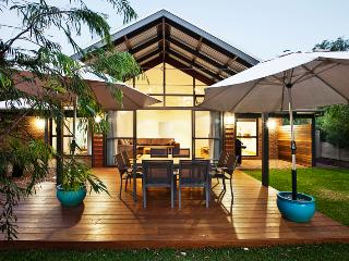 Bright House with Internet Access and A/C - Dunsborough vacation rentals