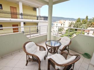 Apartment with a cozy balcony in Savina - Savina vacation rentals