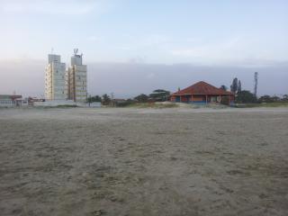 Apartamento de Frente para o Mar em Itanhaém - Itanhaem vacation rentals