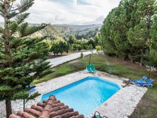 Spacious Villa with Dishwasher and Linens Provided - Miliou vacation rentals