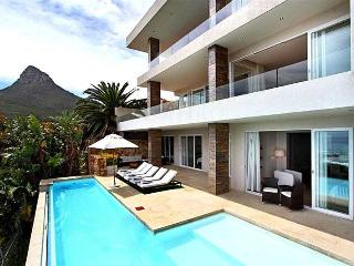 Beautiful Villa with Internet Access and Dishwasher - Camps Bay vacation rentals
