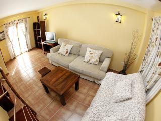 Cozy 1 bedroom Lajares House with Internet Access - Lajares vacation rentals