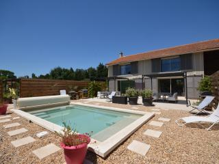 Cozy 2 bedroom Gite in Molleges - Molleges vacation rentals