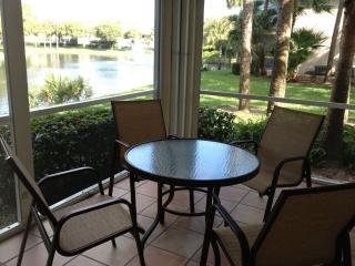 Lake Front Wiggins Lake and Preserv, N. Naples, Fl - Naples vacation rentals