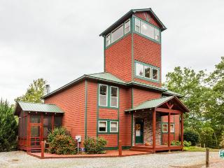 Mountain Lake Lodge - Private Pool & Private Lake - Ellijay vacation rentals