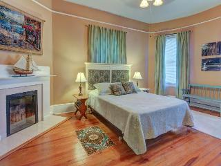 Experience the view, parlor and perks of this cozy condo! - Savannah vacation rentals