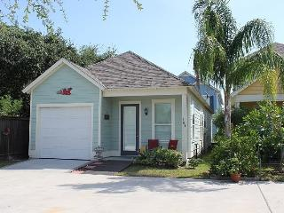 Will`s Landing in the Beautiful Sailhouse Community - Rockport vacation rentals