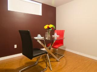 Hotel style furnished Ensuite rooms - Ottawa vacation rentals