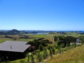 Cozy 2 bedroom House in Whangarei with Internet Access - Whangarei vacation rentals