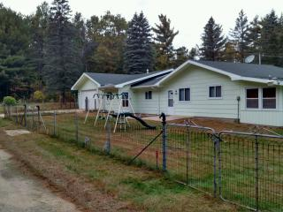 Nice House with A/C and Television - Friendship vacation rentals
