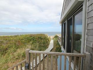 Nice 1 bedroom East Sandwich House with Deck - East Sandwich vacation rentals