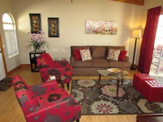 Picture perfect condo WiFi@Mesquite CC pets ok - Palm Springs vacation rentals