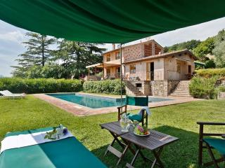 Bright Cottage with Internet Access and Satellite Or Cable TV - Capannori vacation rentals
