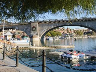 Lake Havasu Get Away!!  Pool! Walking distance to London Bridge and Starbucks!! - Lake Havasu City vacation rentals