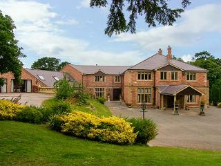 RICHMOND HALL, country hall, gym, sauna, snooker room, indoor heated pool, in - Saint Asaph vacation rentals