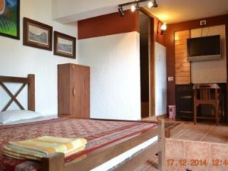Casa Tropicana - Villa Tidina, R105 - Dona Paula vacation rentals