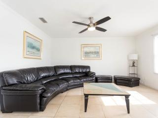 Beautiful condo close to Busch Gardens - Tampa vacation rentals