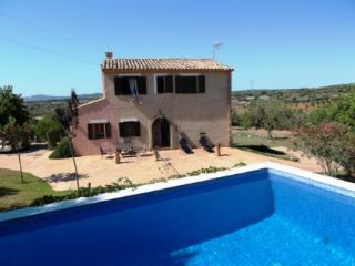 FINCA TENJA, large garden, elevated pool, quiet. - Saint Llorenç des Cardassar vacation rentals