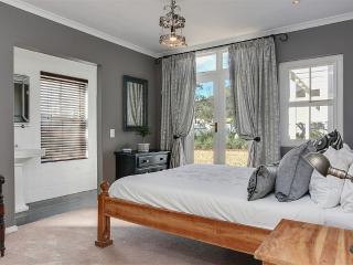 Sunny 1 bedroom Kommetjie Private room with Internet Access - Kommetjie vacation rentals