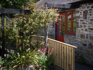Comfortable 2 bedroom Cottage in Moylgrove - Moylgrove vacation rentals