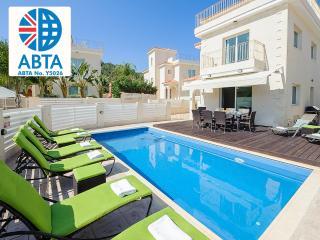 Oceanview Villa 024 - 4 bed on a popular complex - Protaras vacation rentals