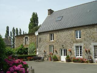 La Loctais, St Ouen La Rouerie - Fougeres vacation rentals