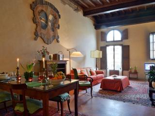 Palazzo Antellesi - Apt.  PARADISO - Florence vacation rentals