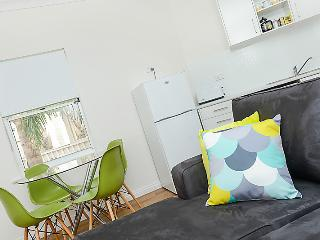 Smugglers Inn no8 Apartment - Victor Harbor - Victor Harbor vacation rentals