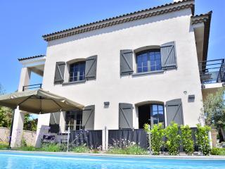 Classé 5 étoiles Villa 10p avec piscine chauffée - Les Lecques vacation rentals