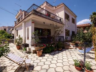 Villa Bianca in Mondello - Mondello vacation rentals