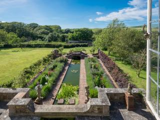 Kingston Manor located in Kingston, Isle Of Wight - Shorwell vacation rentals