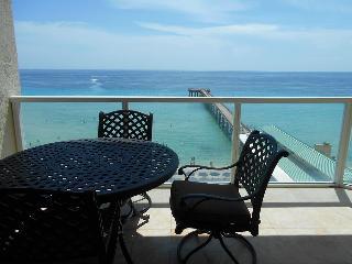 LA PERLA AMAZING VIEW OCEAN FRONT- 1 BEDROOM - - Sunny Isles Beach vacation rentals