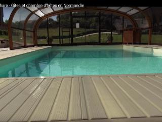 Nice Cottage with Internet Access and Central Heating - Marais-Vernier vacation rentals