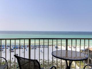 Beachfront resort condo w/balcony & shared pool/hot tubs! - Panama City Beach vacation rentals