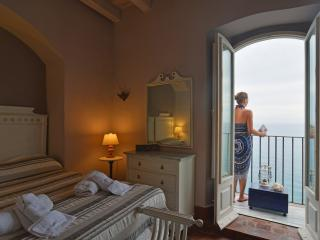 Comfortable 2 bedroom House in Cefalu - Cefalu vacation rentals