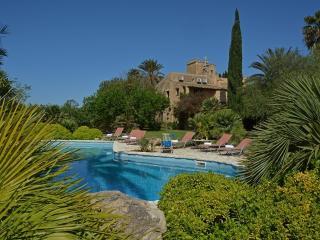 Bright 5 bedroom Villa in Castelvetrano with Internet Access - Castelvetrano vacation rentals