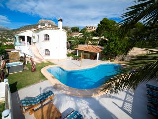 Lux villa seaview,pool,hottub, pooltable,sky,wifi - Calpe vacation rentals
