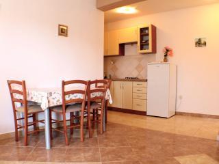 Nice and quiet apartment villa - Novalja vacation rentals