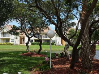 Walk to Beach from Pristine Condo - Indialantic vacation rentals