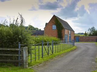 Lovely 2 bedroom Barn in Long Compton - Long Compton vacation rentals