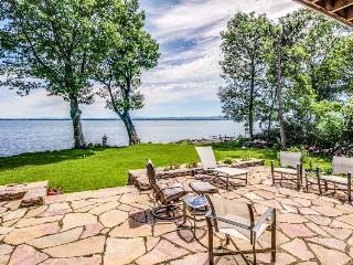Find lakefront luxury & unplug at this spacious, modern home w/dock & more! - North Hero vacation rentals